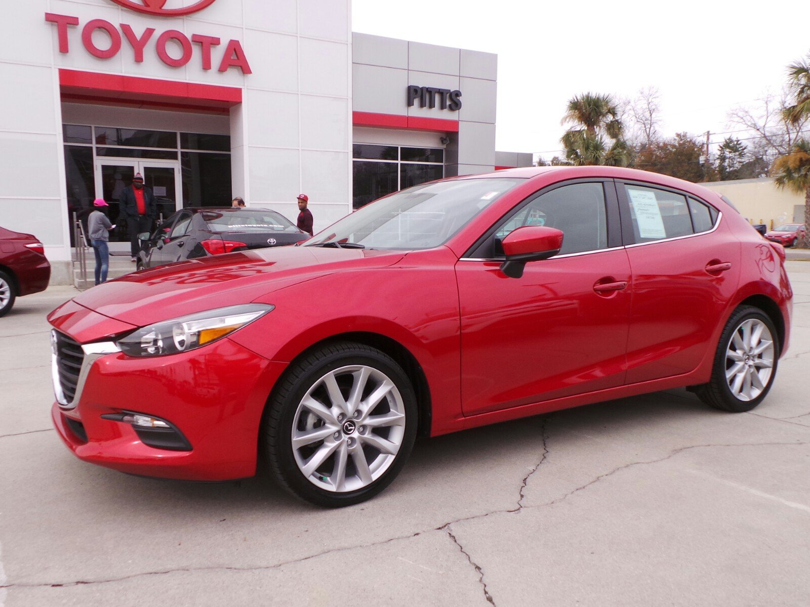 Pre Owned 2017 Mazda3 5 Door Touring