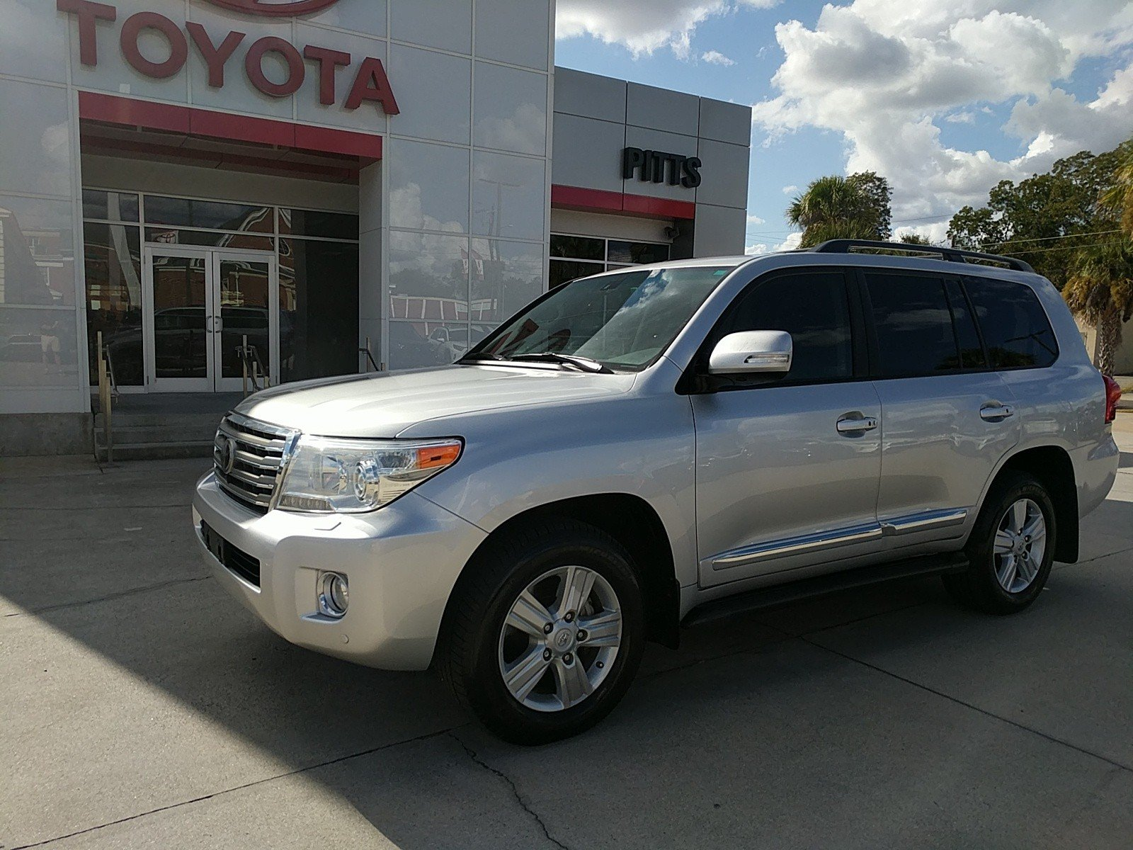 Pre-Owned 2013 Toyota Land Cruiser 4DR 4WD